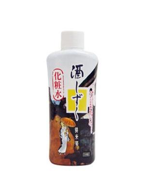 纯米酒保湿美白化妆水 Daiso纯米酒保湿美白化妆水