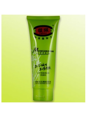 细致毛孔润肤洗面奶 fragrance细致毛孔润肤洗面奶