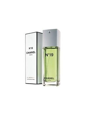 N°19十九号香水